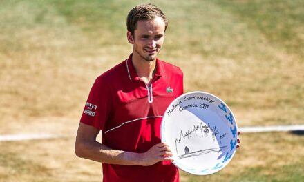 Medvedev Lifts First Grass-Court Trophy In Mallorca